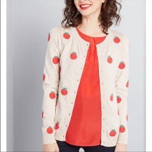 ModCloth Cardigan Size M Tan With Tomato Pattern